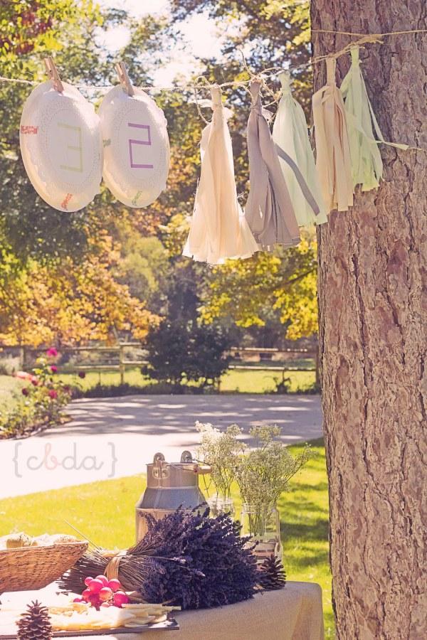 Una mamá creativa y con  botas de agua.