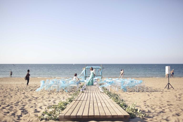 Una boda en la playa con mucho gusto