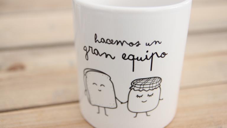 Un café con alegría por favor. Ya están aquí las tazas diseñadas por mr wonderful.