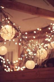 Hoy un post de bodas con muchas luces.