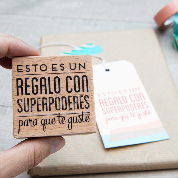 mrwonderful_sello_regalo_con_superpoderes_2