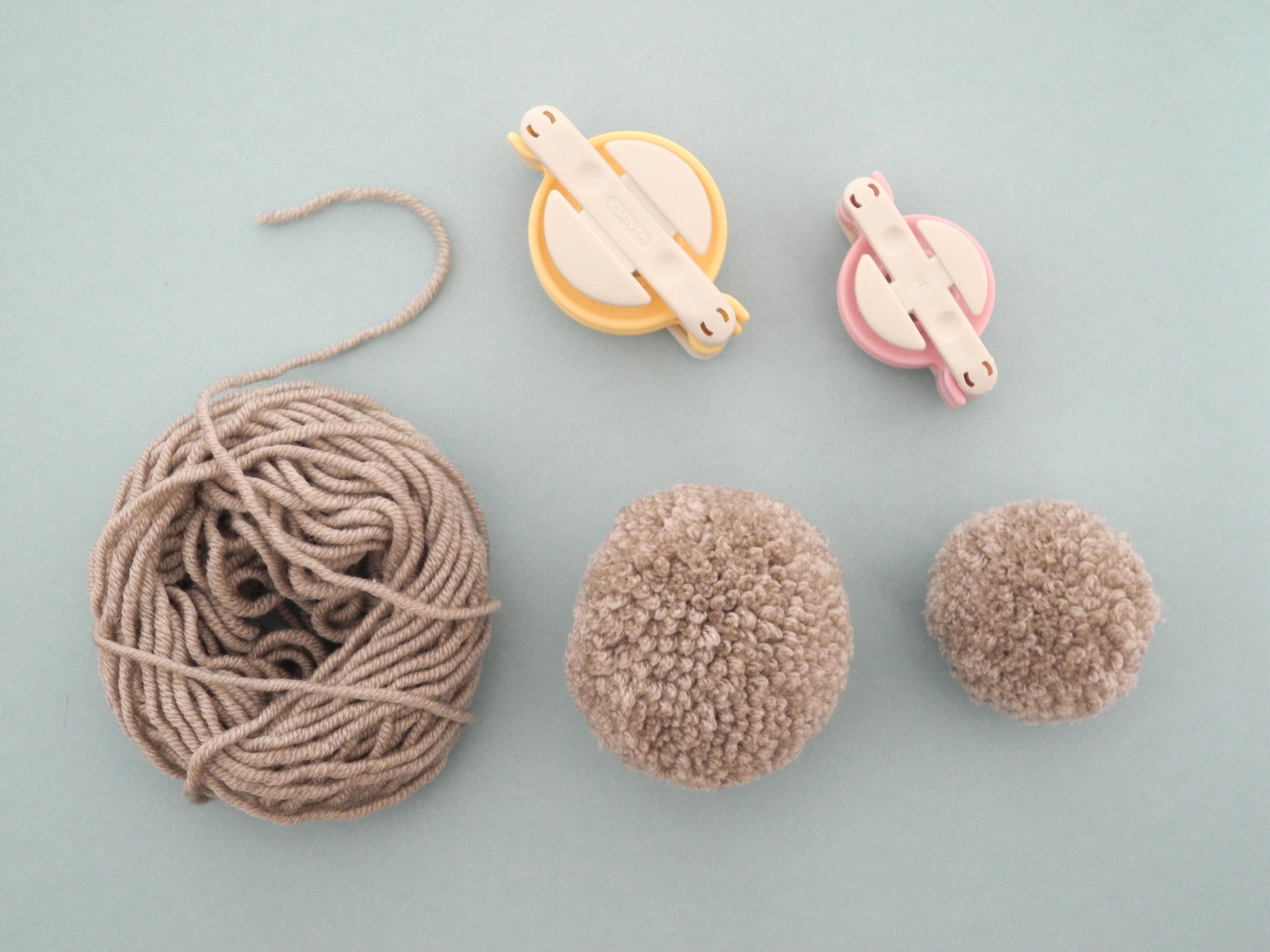 Tutorial - Como hacer un conejito de peluche con pompones - muymolon ...
