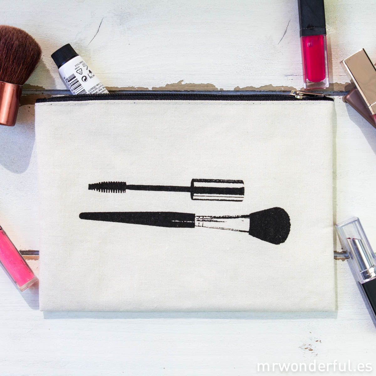 mrwonderful_LS0230_3_Neceser-tela-cremallera_makeup-prints-1