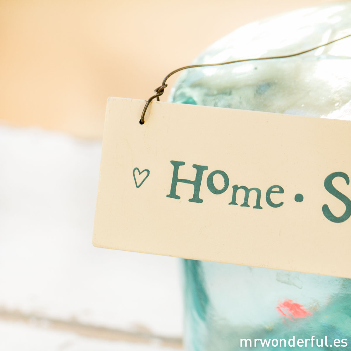 mrwonderful_874_cartel-madera_home-sweet-5