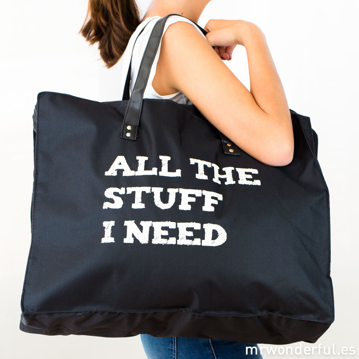 mrwonderful_BA0615_1_bolsa-grande-lona-negra_all-stuff-i-need-6