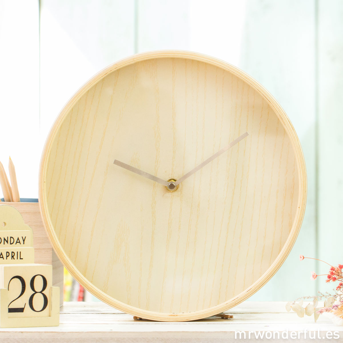 mrwonderful_FX0101_reloj-pared-madera_color-natural-8