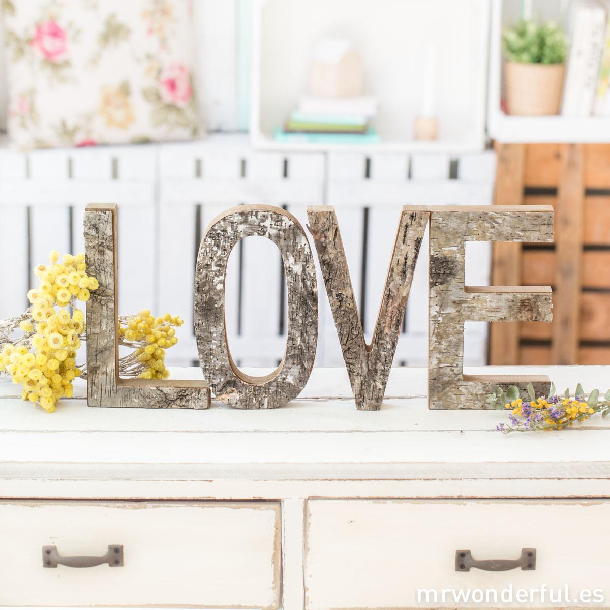 mrwonderful_G15981_letras-love-madera-rustica-3