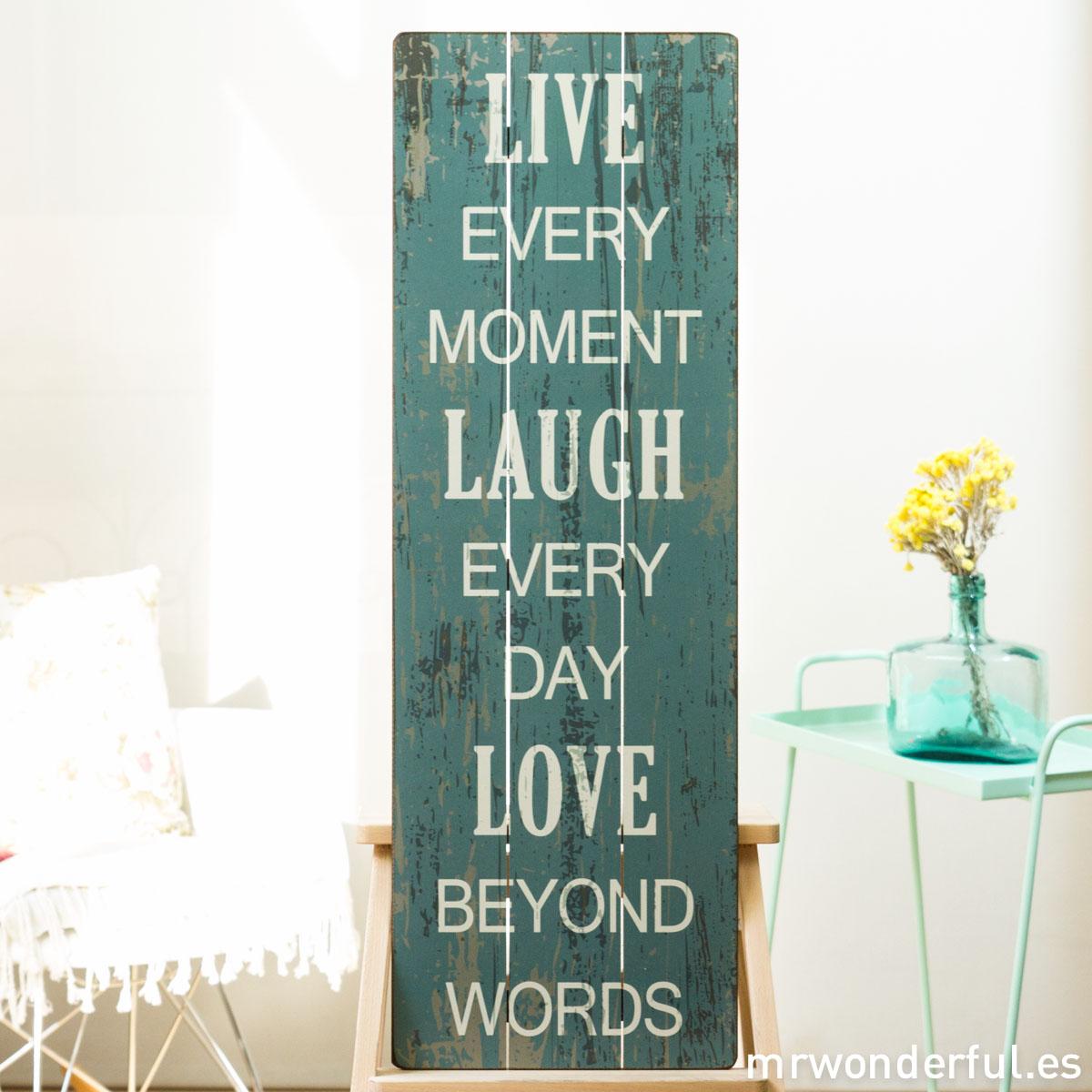 mrwonderful_GI6006_1_letrero-madera-mediano_live-every-moment-2