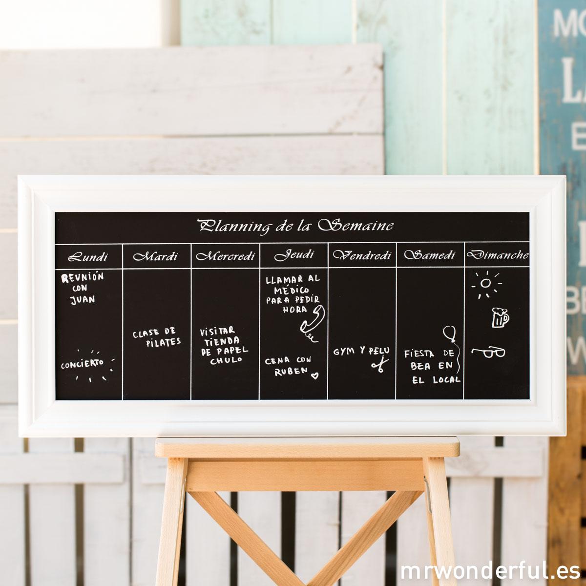mrwonderful_KI5824_2_pizarra-marco-madera-blanca_planning-semanal-1