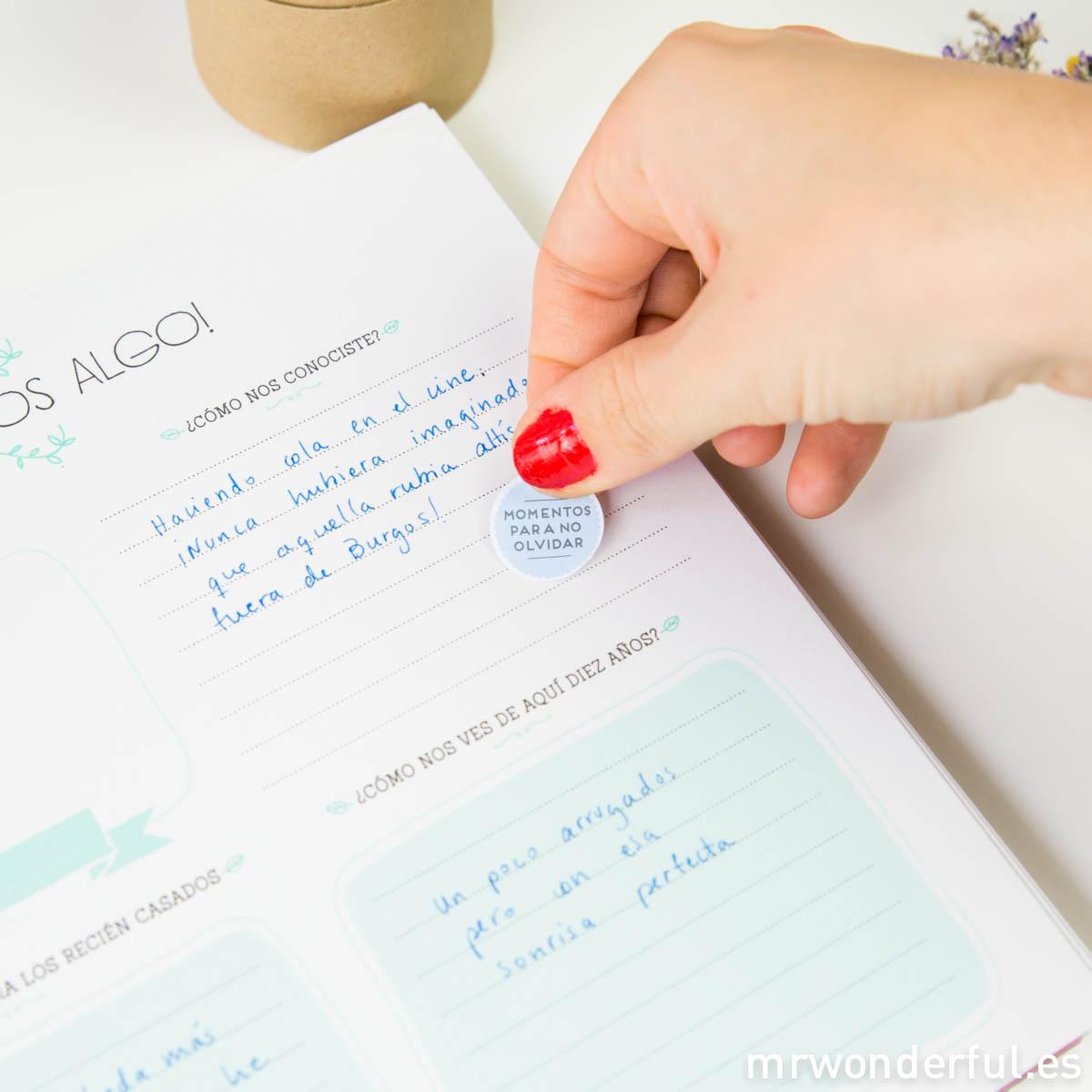 Un libro de firmas para guardar todos vuestros recuerdos y muchas novedades  más en la tienda online - muymolon
