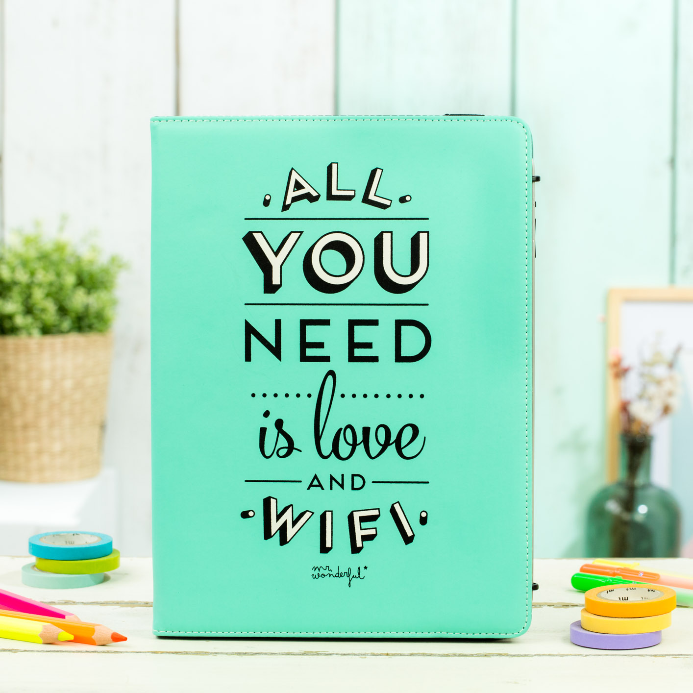 mrwonderful_MRUNI005_funda-verde-tablet-9,7-10,1_all-you-need-love-16