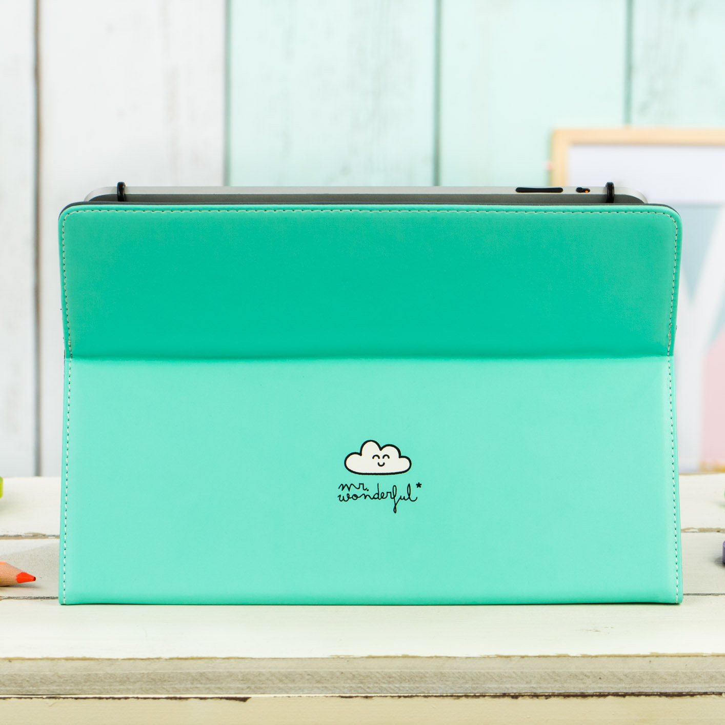 mrwonderful_MRUNI005_funda-verde-tablet-9,7-10,1_all-you-need-love-46