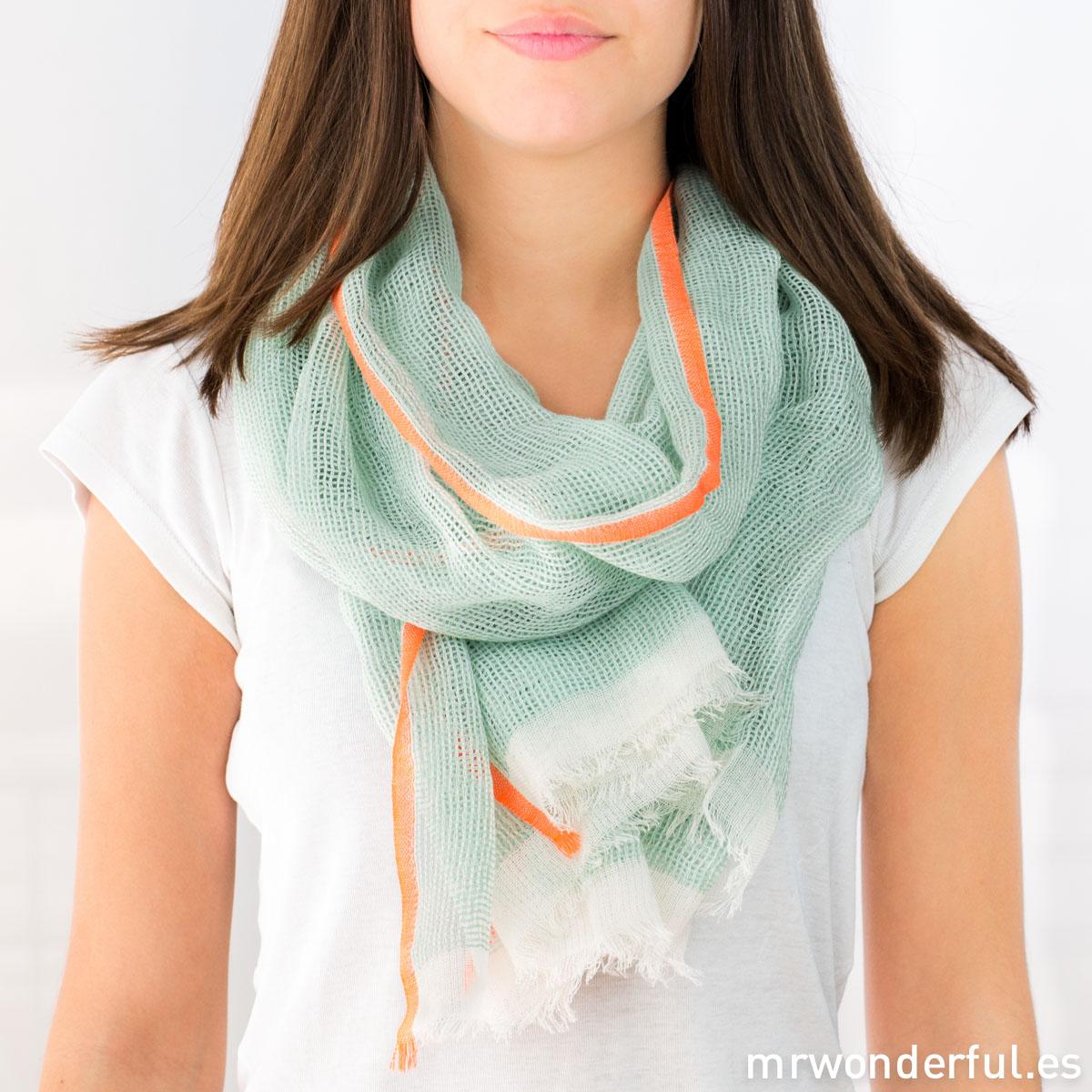 mrwonderful_SA0330_3_foulard-algodon_mint-fluor-3
