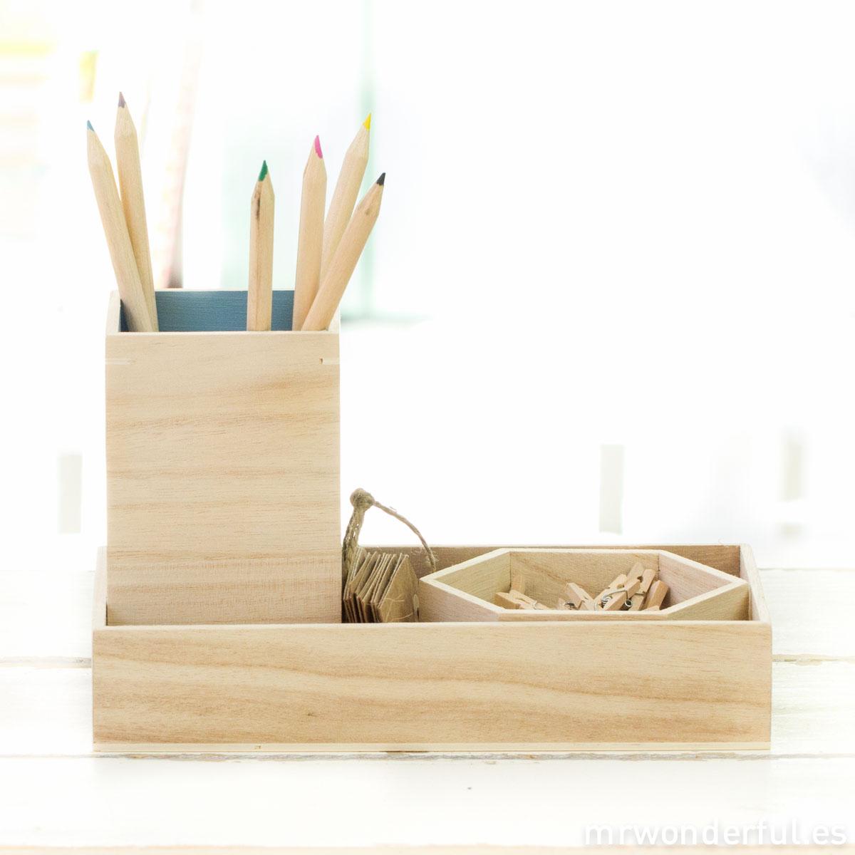 mrwonderful_SU0226_set-3-organizadores_madera-escritorio-8