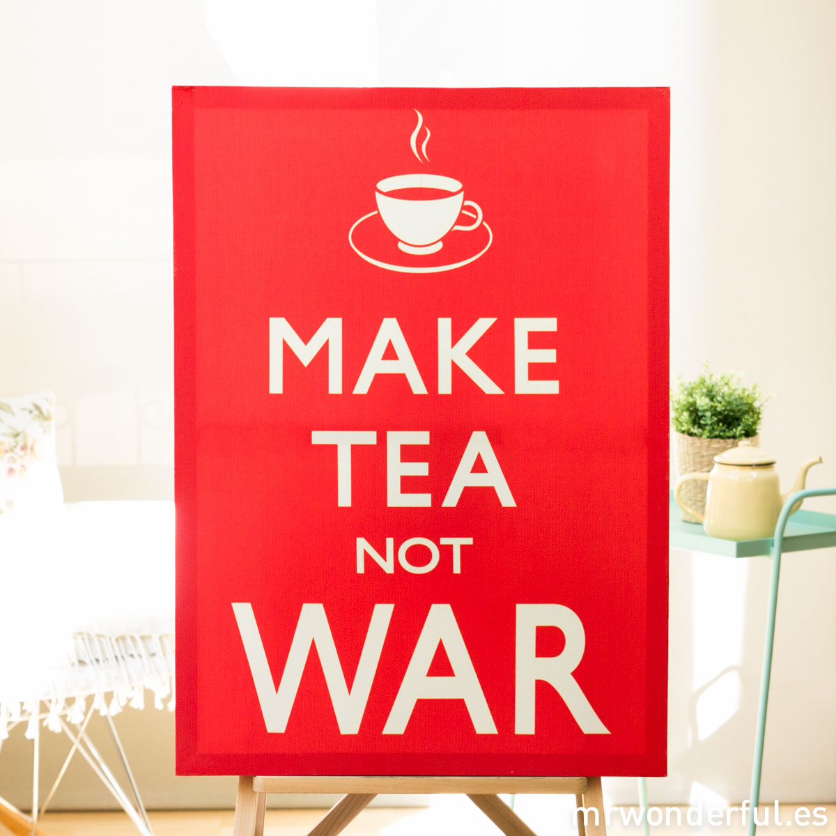mrwonderful_WP0898A_1_cuadro_make-tea-not-war-3