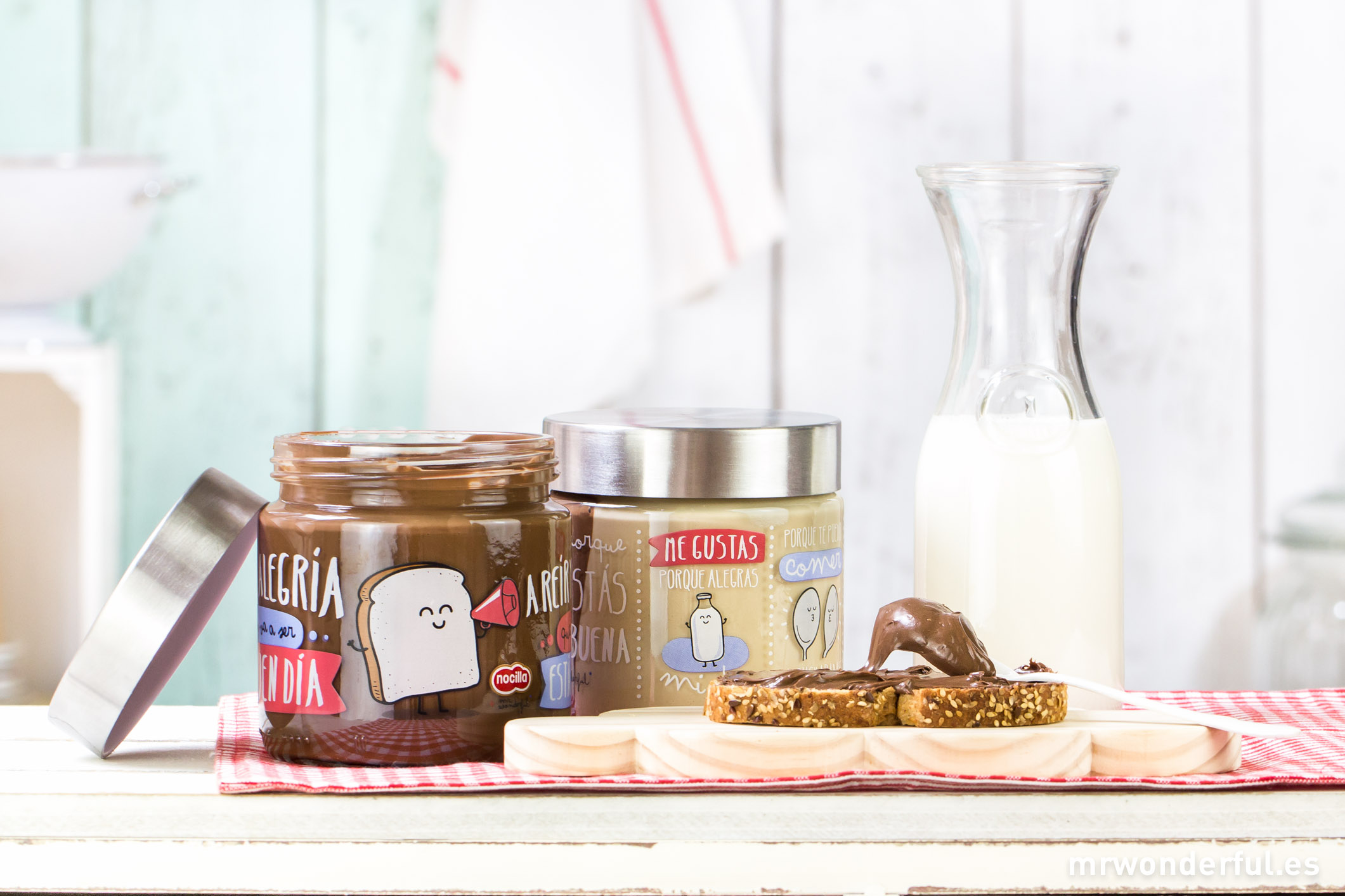 Leche cacao avellanas azcar y Mr Wonderful  muymolon