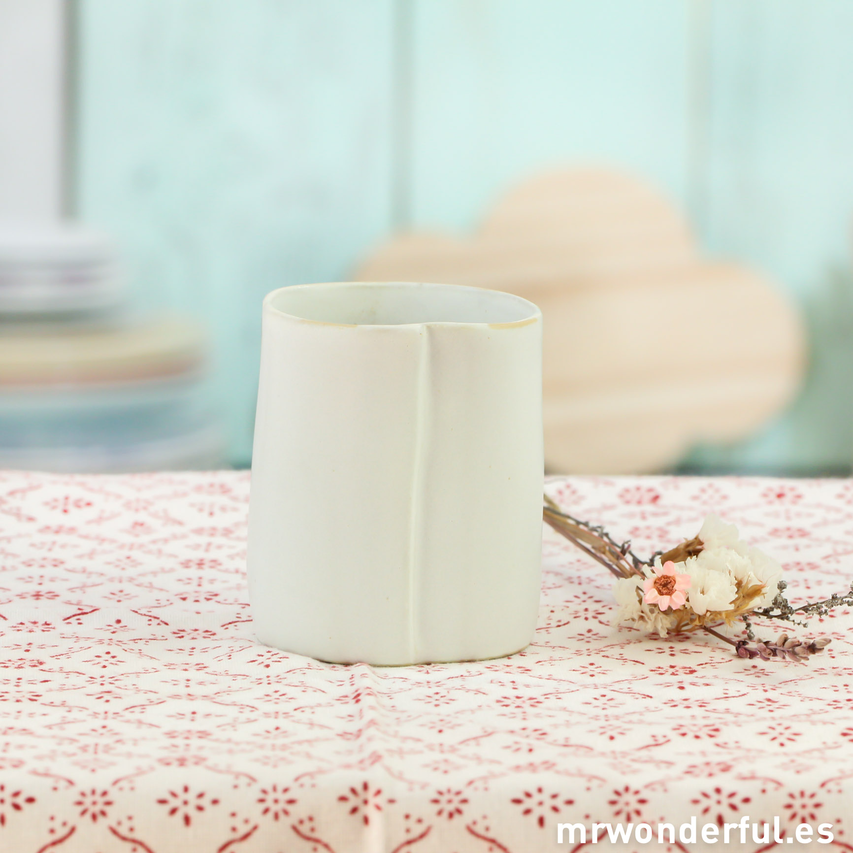 mrwonderful_053138_vaso-ceramica-blanco-1