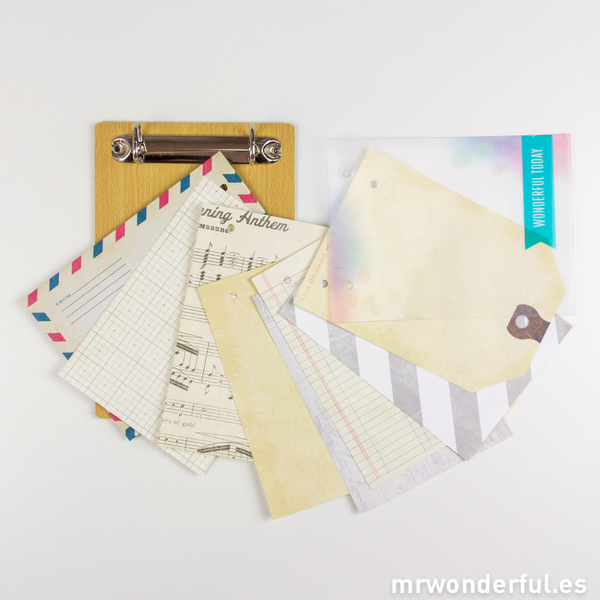 mrwonderful_683168_album-scrapbook-soporte-madera-anillas-13