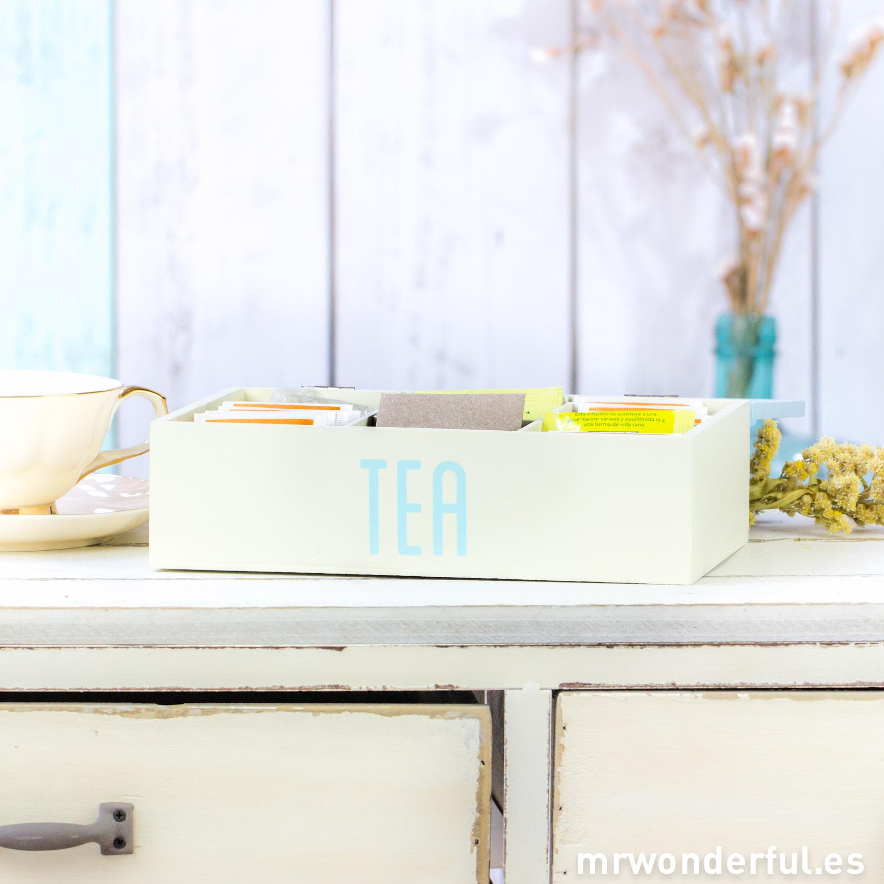 mrwonderful_PA0060_AZUL_caja-madera-lavada-bolsitas-te-azul-13