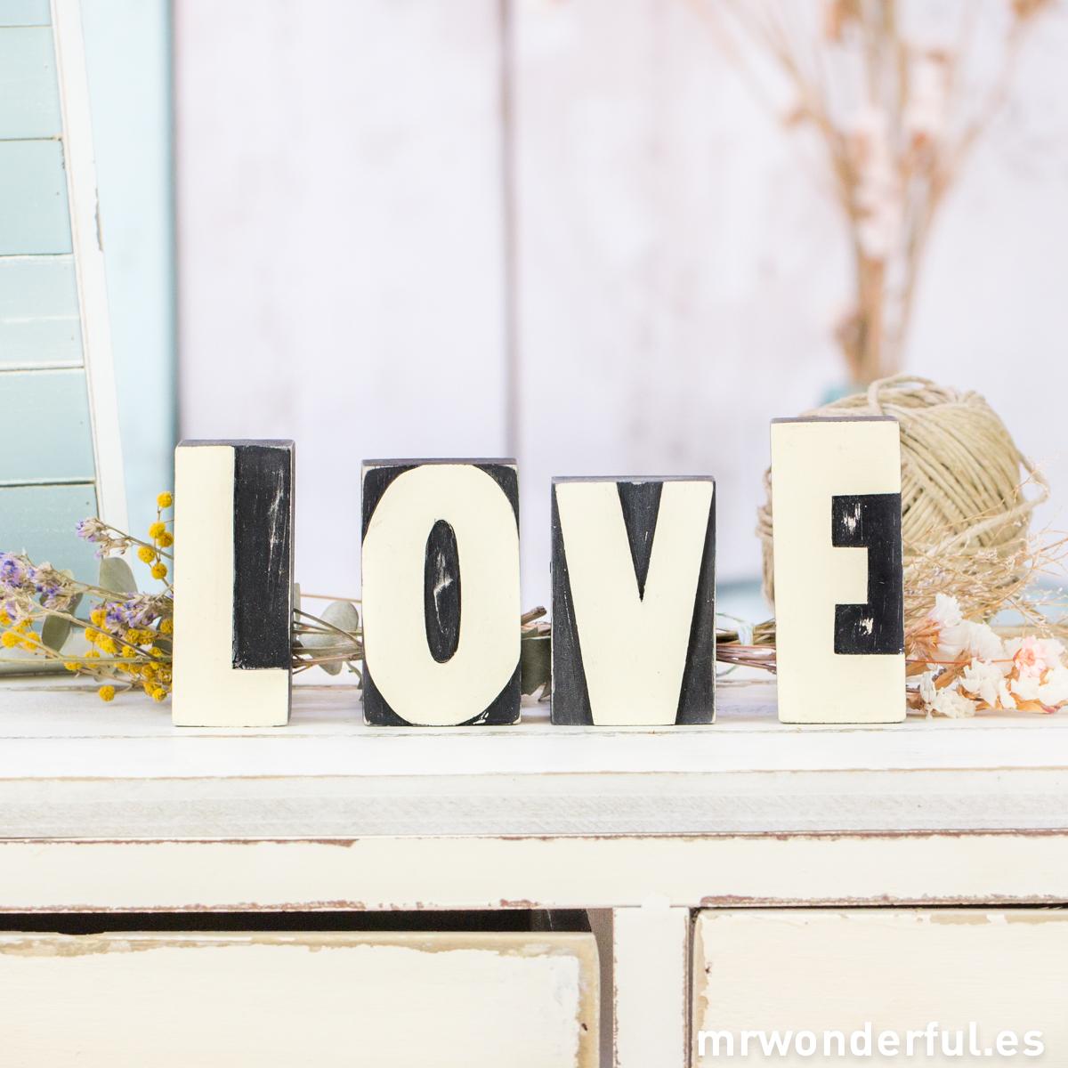mrwonderful_3600-3620_letras-madera-love-47