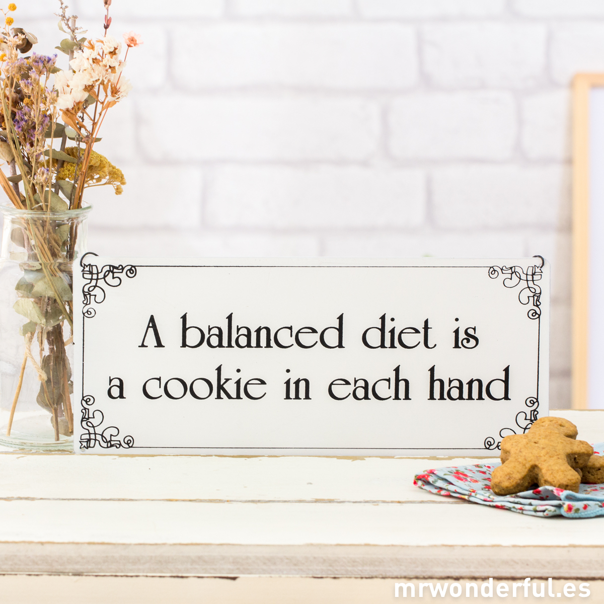 mrwonderful_WP1067_1_placa-metalica-balanced-diet-is-5