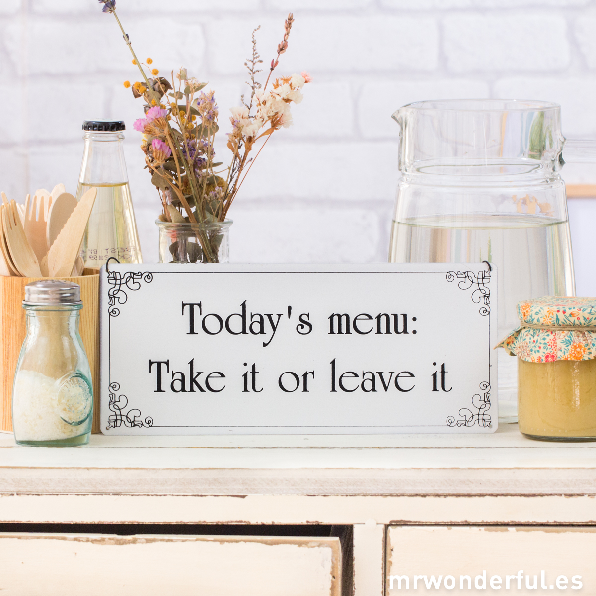 mrwonderful_WP1067_4_placa-metalica-today-menu-5