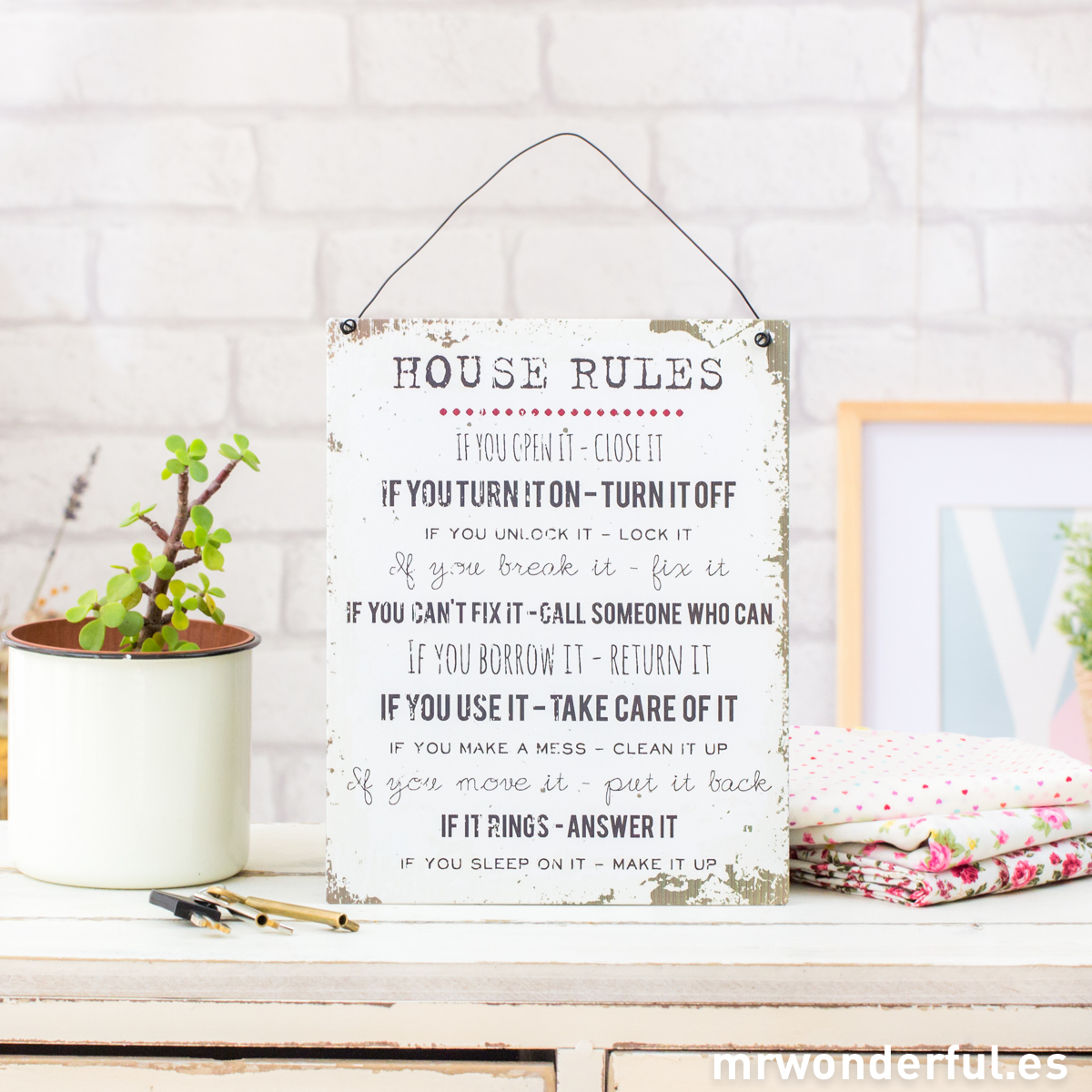 mrwonderful_WP1160_3_placa-metalica-house-rules-blanco-4