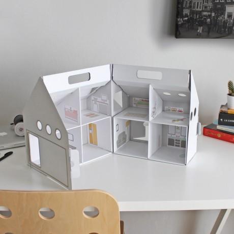 dollkit-casita-munecas-carton