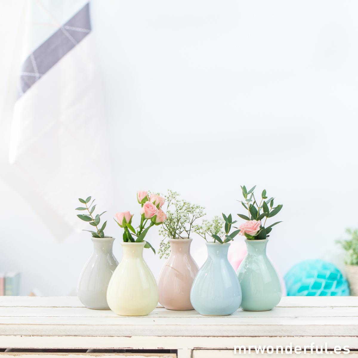 mrwonderful_21100097_set-5-jarroncitos-ceramica-tonos-pastel-8