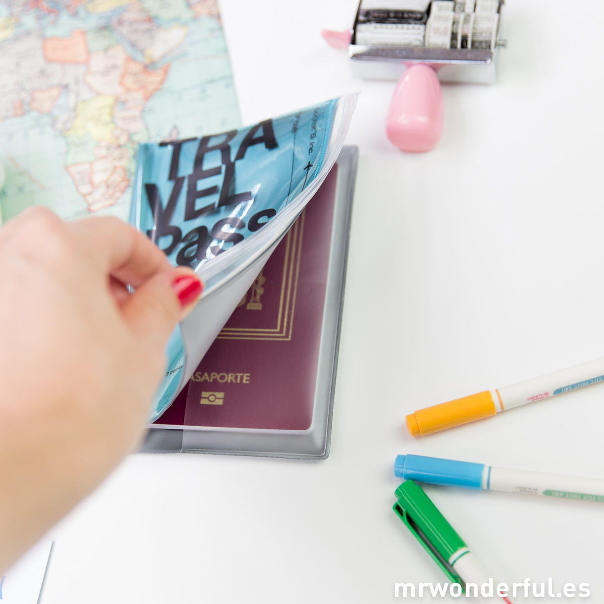 mrwonderful_TVK-PP1-MBL_funda-pasaporte-azul-13