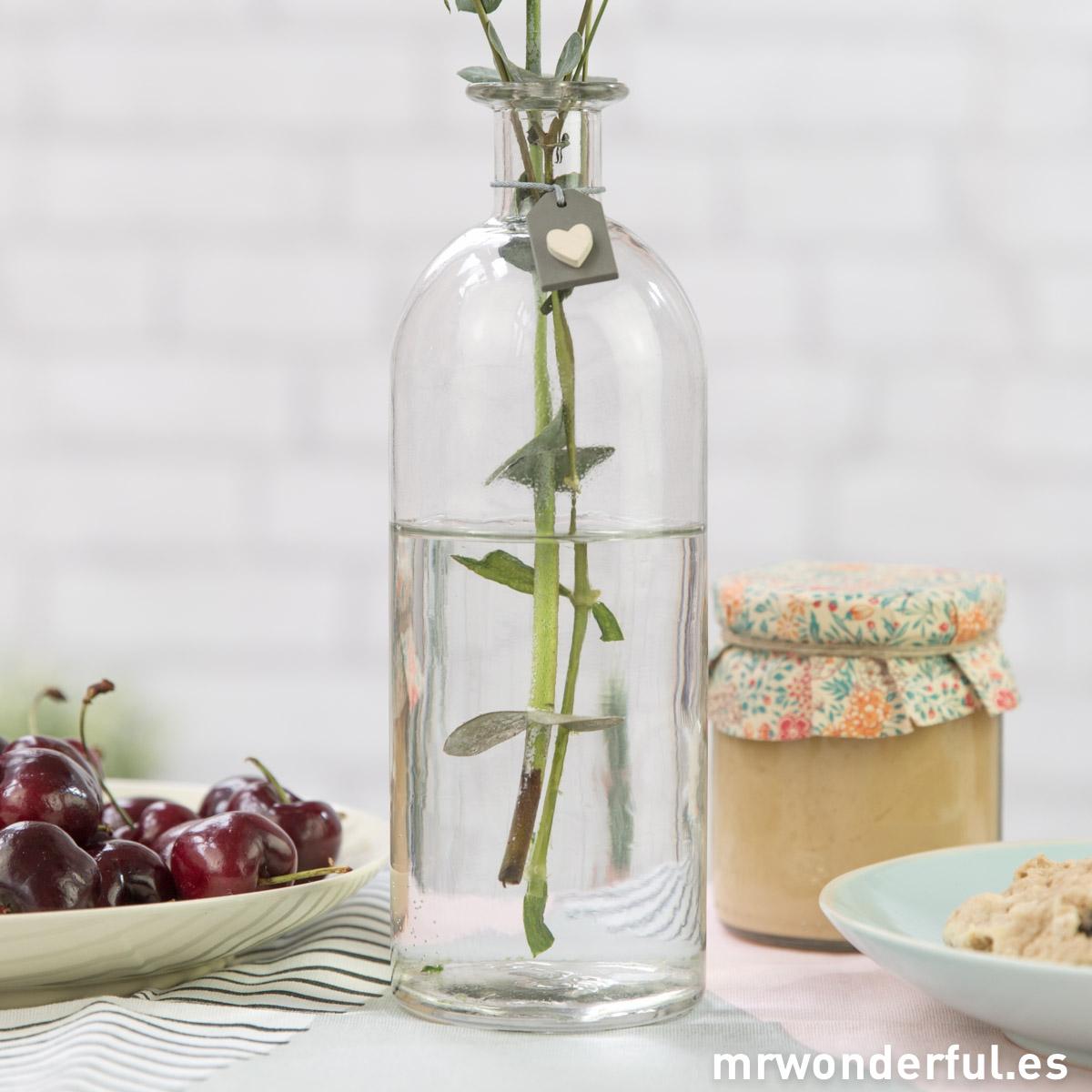 mrwonderful_4027_botella-grande-cristal-etiqueta-gris-13