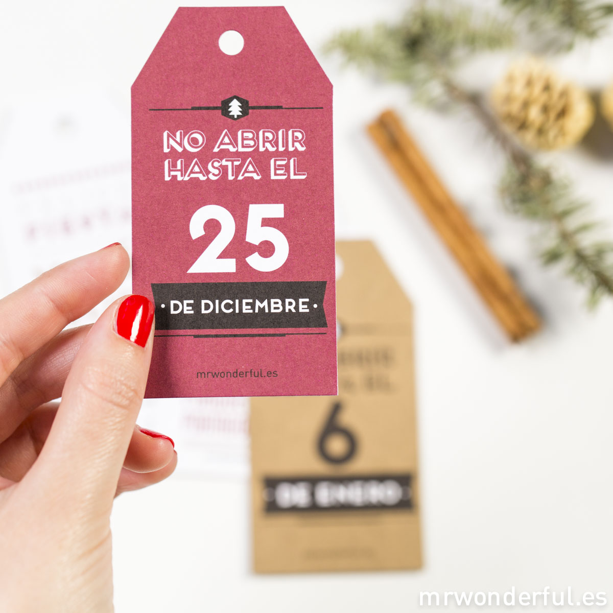 Mr.Wonderful: etiquetas metalizadas para regalos navideños