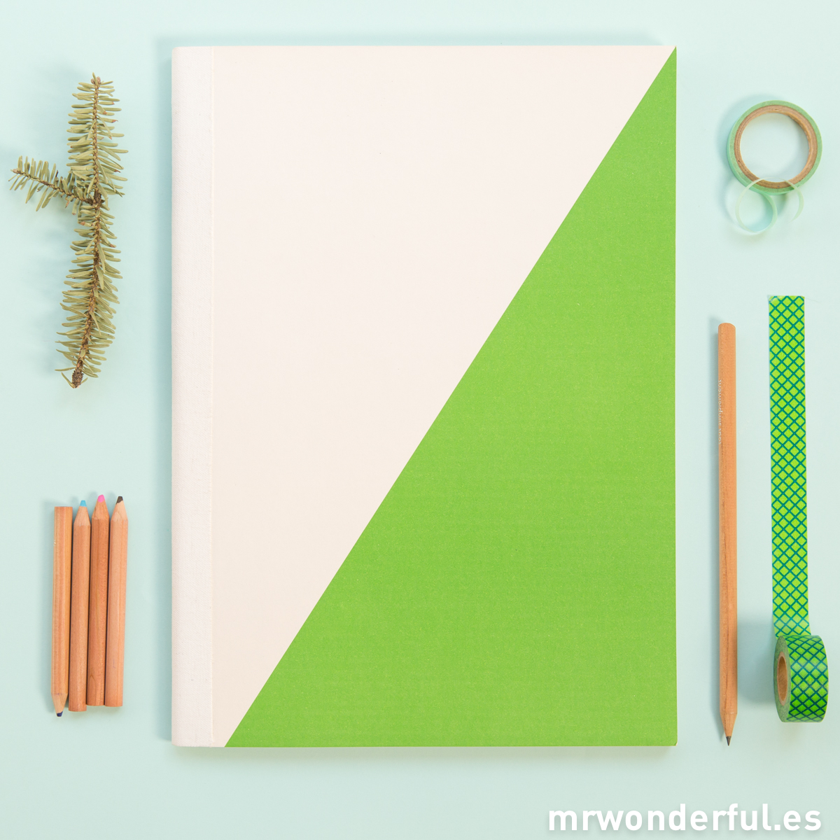 mrwonderful_SK0990_1_libreta-grande-blanco-verde-1