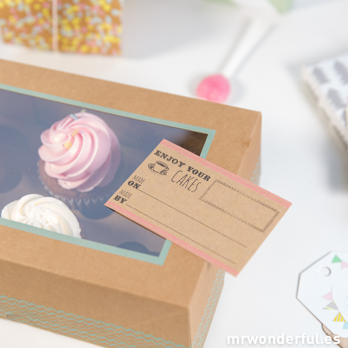 mrwonderful_BAKE-CAKEBOX6_cajas-take-away-6-cupcakes-9