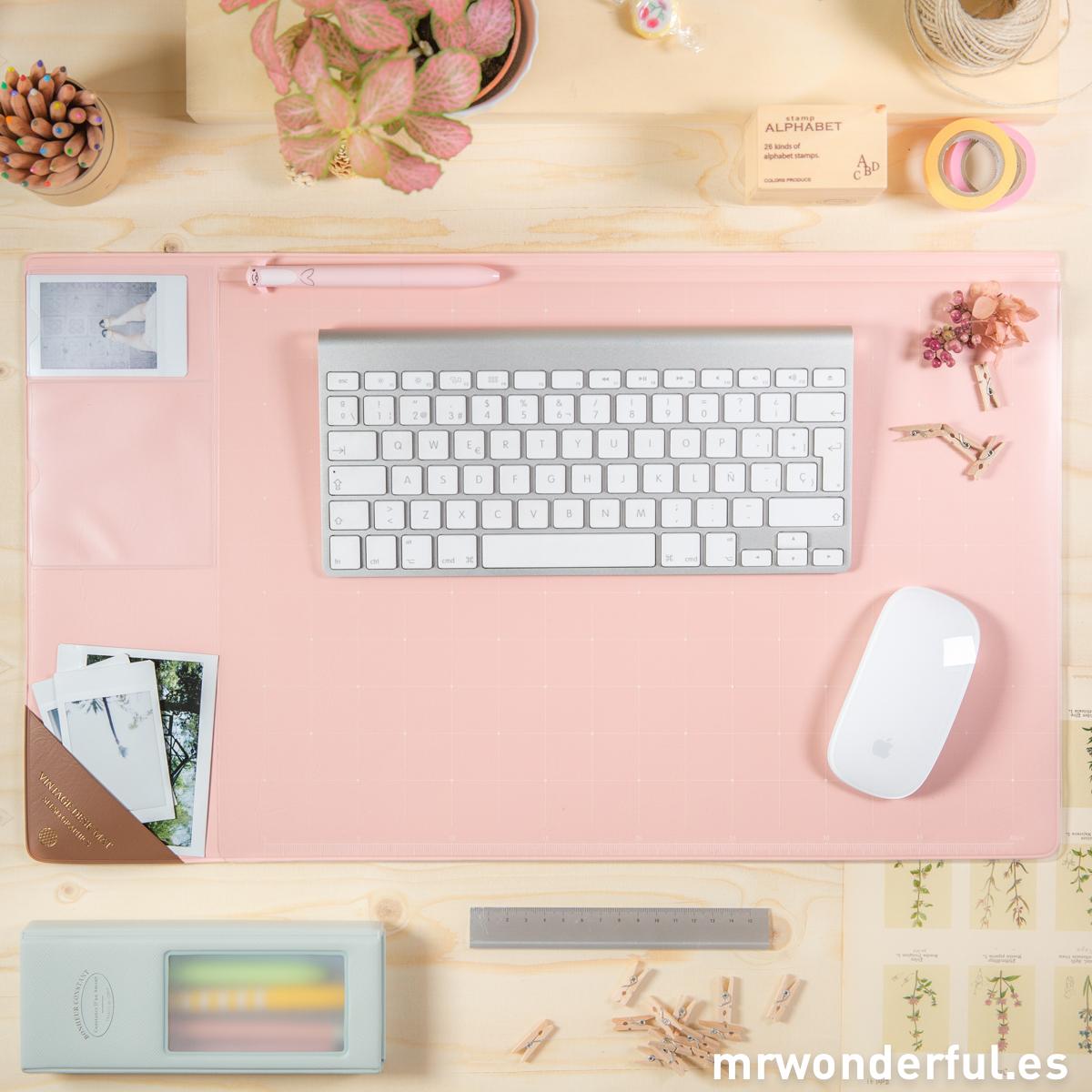 mrwonderful_SS-1770_Tapete-escritorio_rosa-25