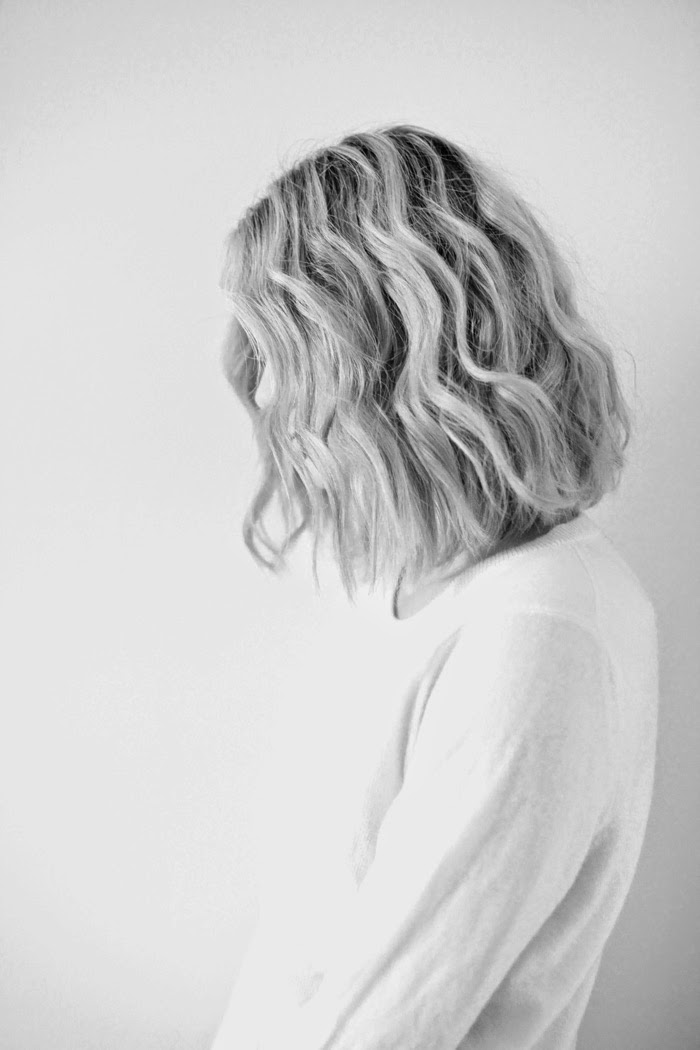 blonde-hair-wavy