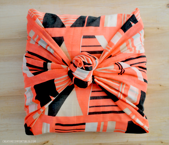 diy-no-sew-pillow-cover-complete