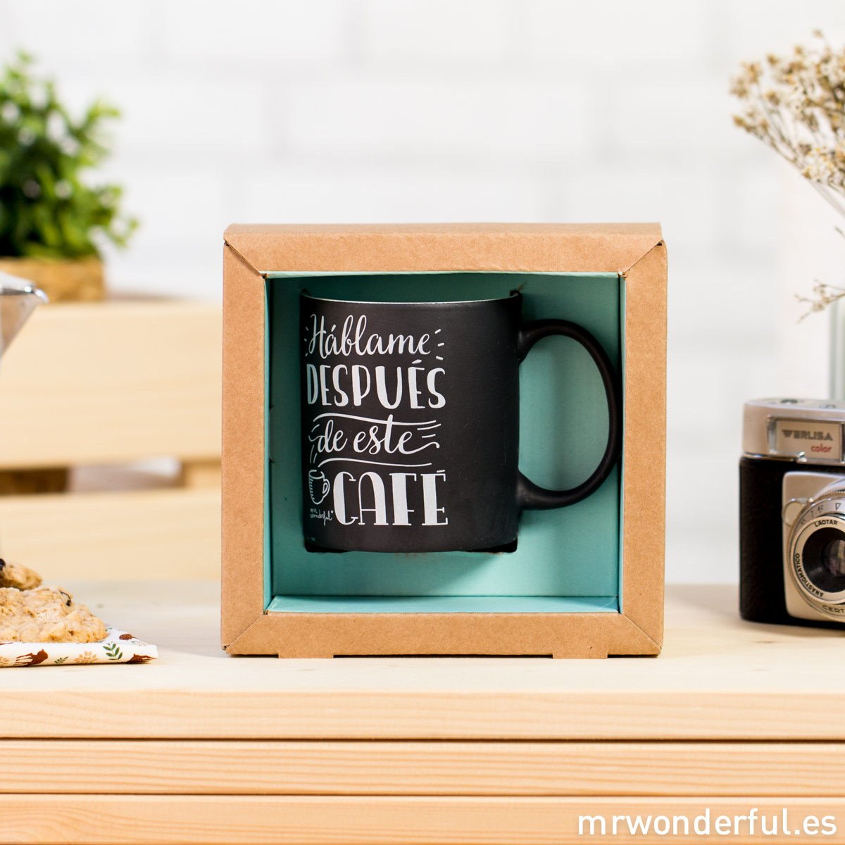 mrwonderful_8436547191420_WON-194_TAZA_Taza-Negra-hablame-despues-de-este-cafe-200