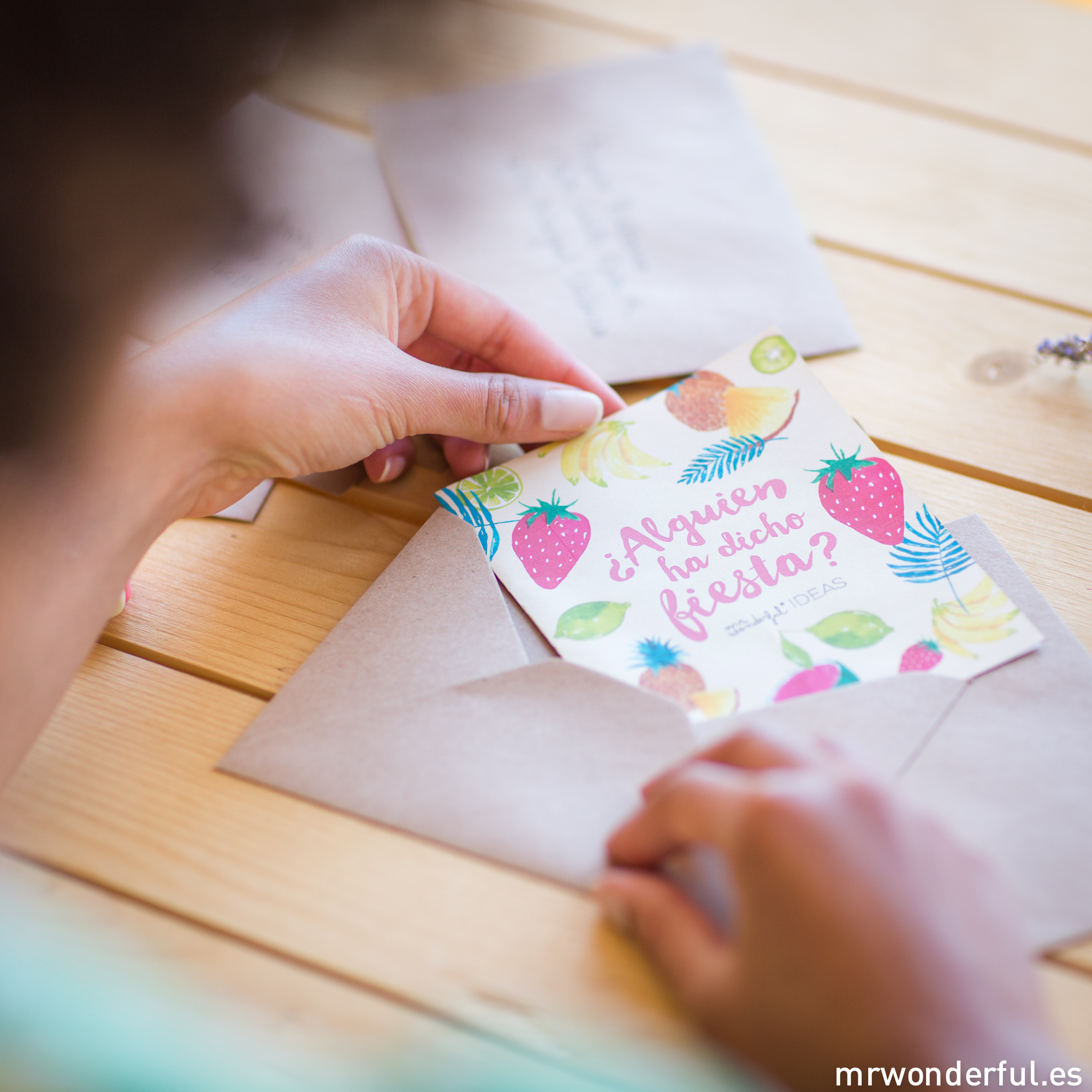 mrwonderful_revista-ideas_03_Junio-2015_FOTOS-TEASER-INVITACION-30