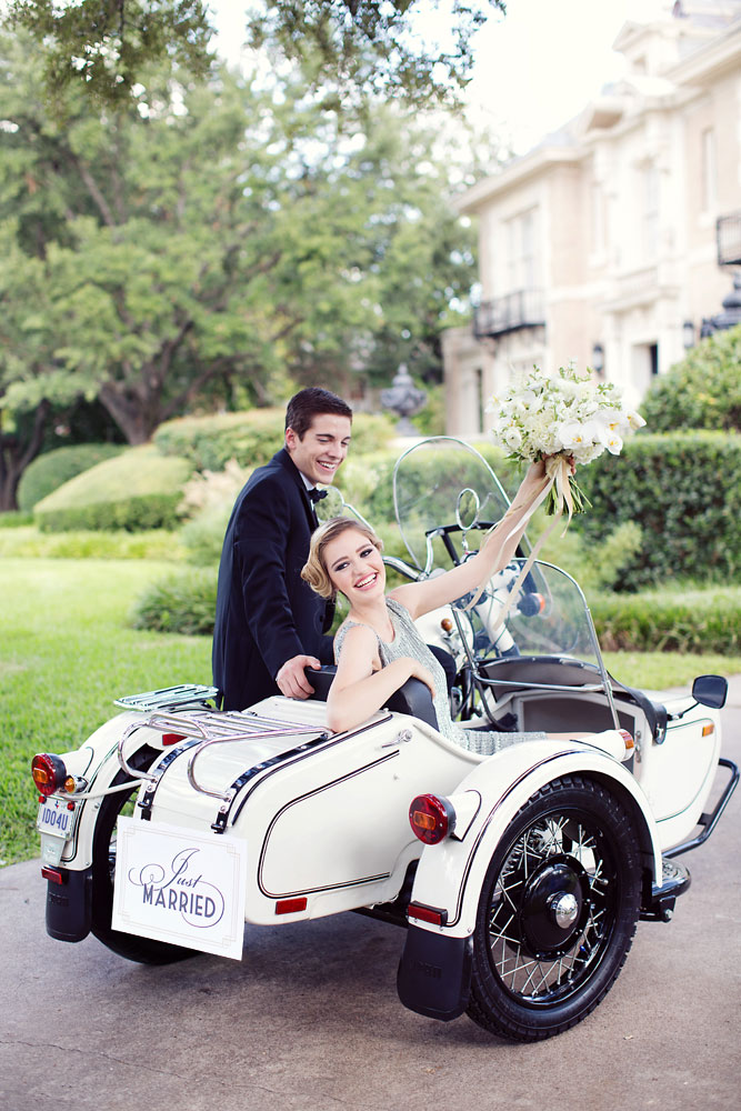 transportation_bride_and_groom_getaway_car_just_married_vintage