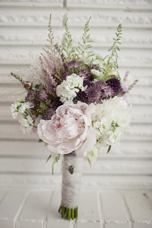 beautiful-winter-wedding-bouquets-13-500x750