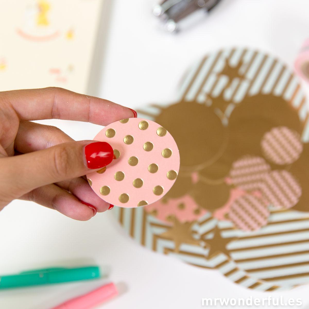 mrwonderful_TRP001_Surtido-confetti-papel-color-dorado-pastel-18