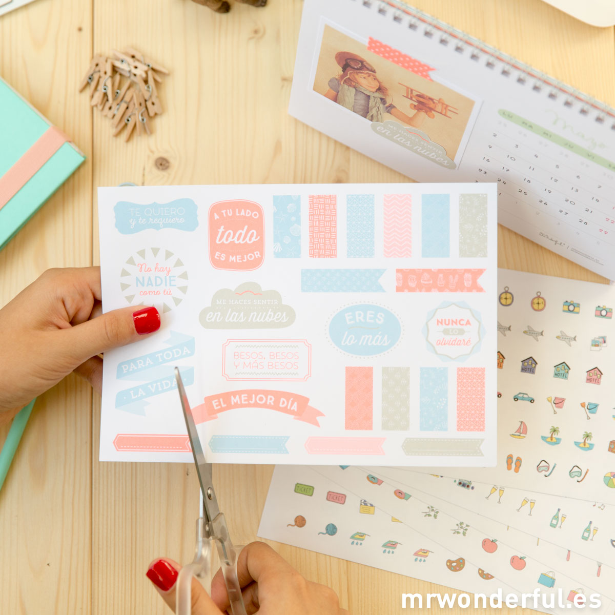 mrwonderful_WOA02928_8436547193639_Calendario-scrap-2015-2016-53