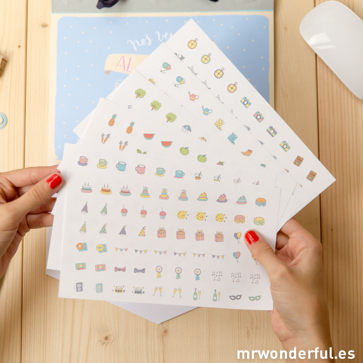 mrwonderful_WOA02929_8436547193646_Calendario-Pared-2015-2016-27