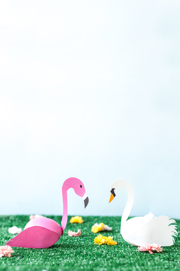 Swan-and-Flamingo-Easter-Eggs-DIY-600x900