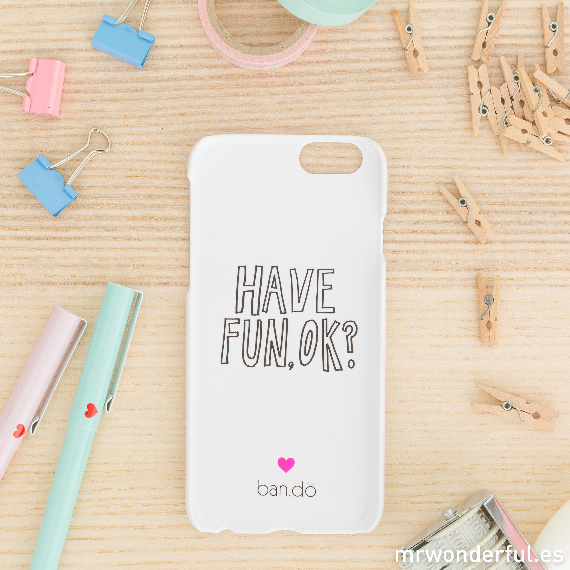mrwonderful_PRA02801_Carcasa-para-iPhone-6-Heart-stripe-5