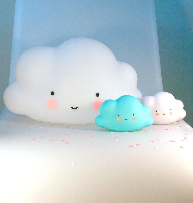 Luz infantil nubes minimoi