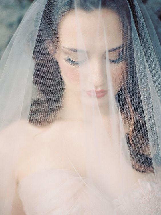Velos de novia casi tan bonitos como tú