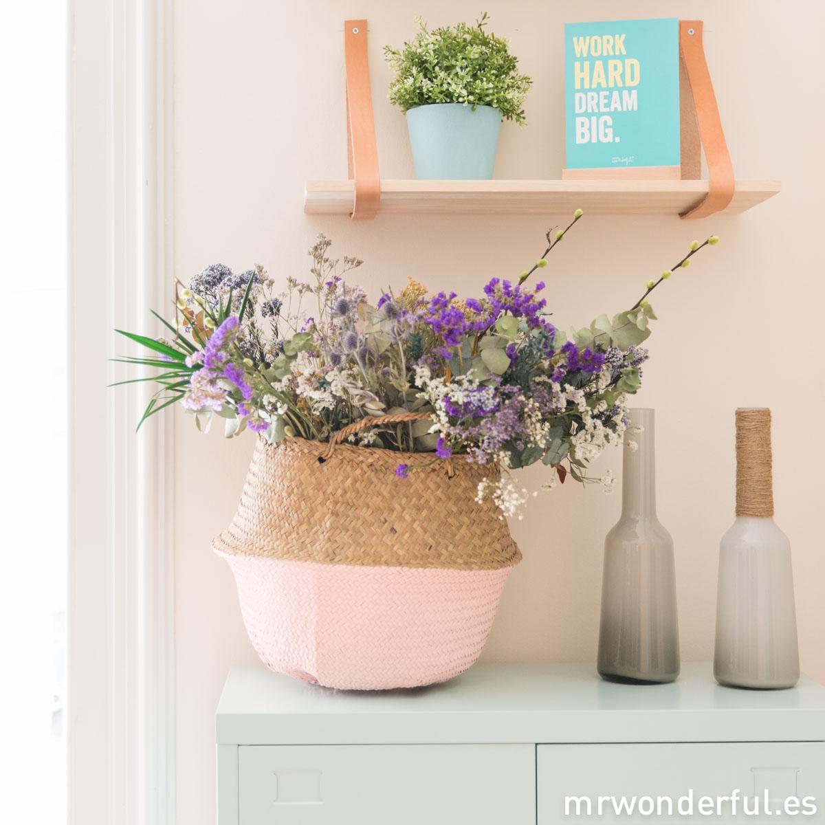 mrwonderful_PRA02911_bloomingville_Cesta-tailandesa-rosa-3-Editar
