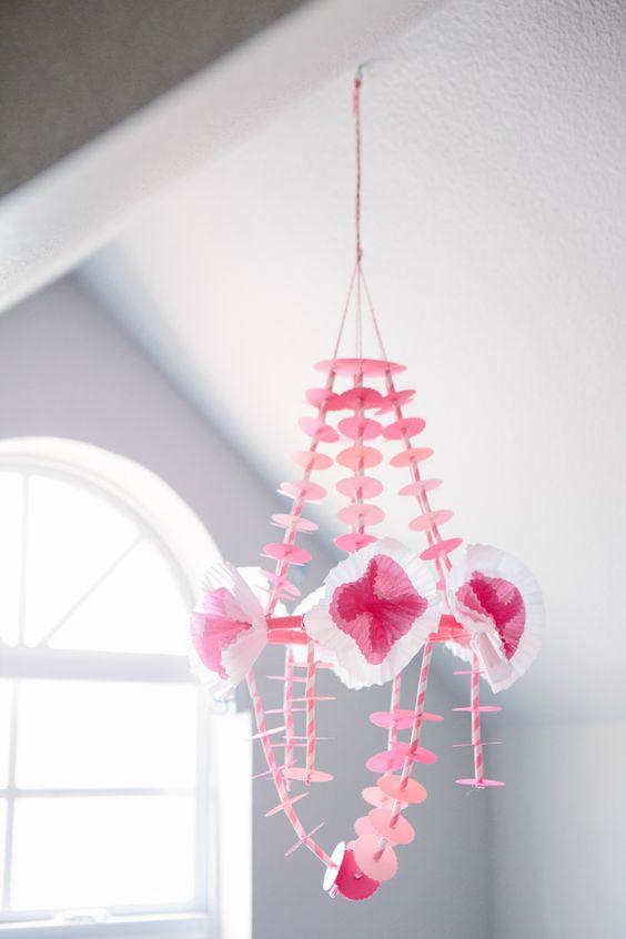 Pajakis, candelabros DIY con mucho color y alegría - muymolon